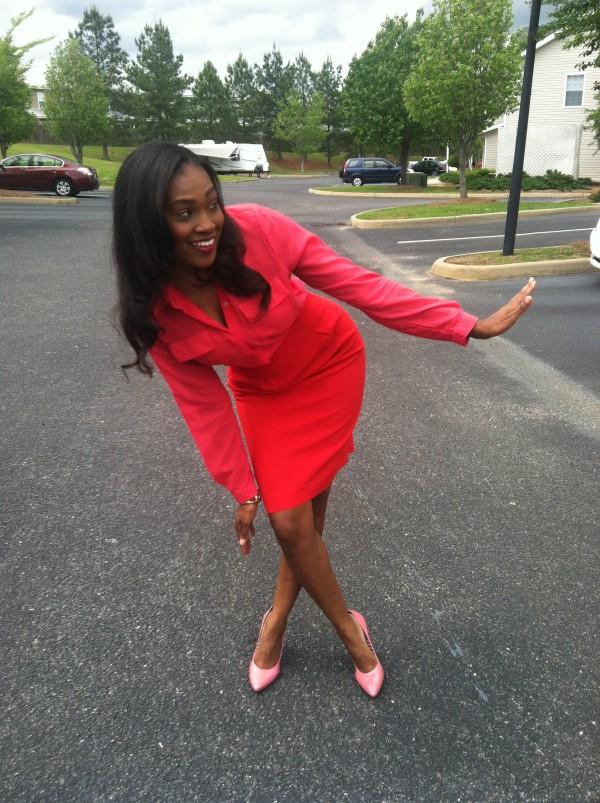 hot-pink-silk-blouse-red-pencil-skirt-pink-bcbg-pumps-4