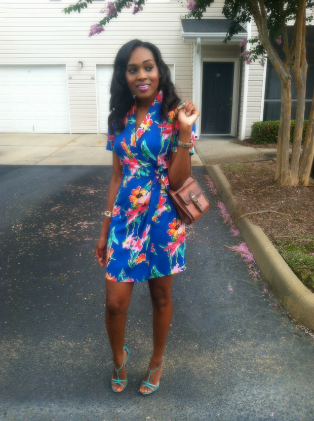 Style-Files-with- PrettyPrice-Thrifted- Hawai- Print-Wrap- Dress- and-Turquoise- Report-Signature- Sandals-2