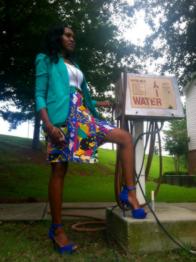 style-files-with-pretty-price-sunny-leigh-vinatge-thrifted-skort-printed-shorts-vince-camuto-blazer-bebe-suede-blue-heels-11-1