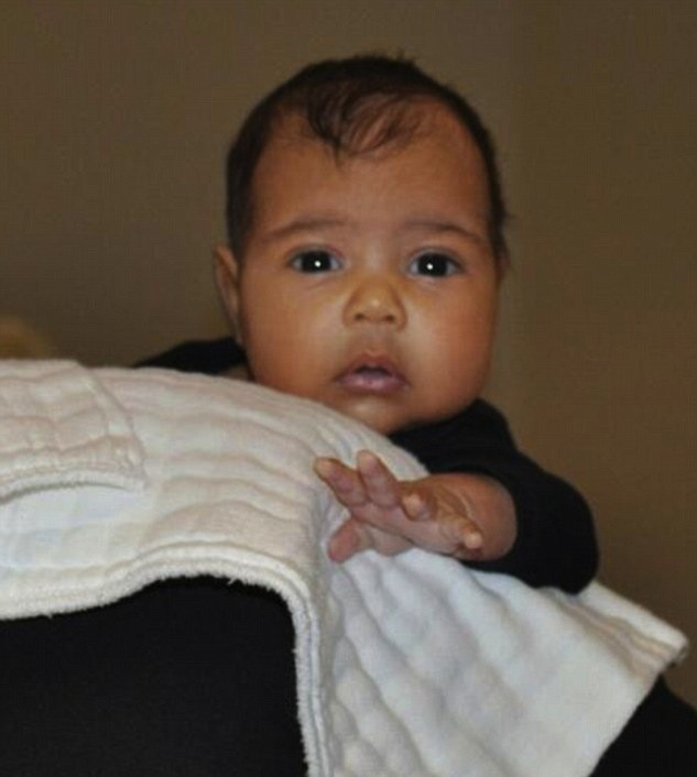 baby-north-west-first-pic-of-baby-north-west-kim-kardashian-kanye-west-baby