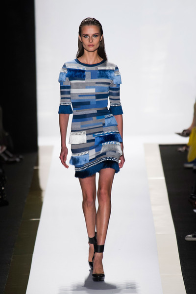 Herve-Leger-by-Max-Azria-Spring-2014-23