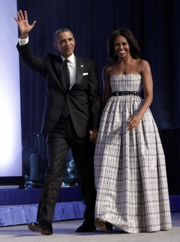 Michelle-Obama- Congressional-Black- Caucus-Foundation- Annual-Phoenix-Awards-Dinner-2013-Black- White-Plaid-Gown-5