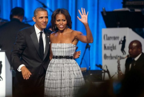 Michelle-Obama- Congressional-Black- Caucus-Foundation- Annual-Phoenix-Awards-Dinner-2013-Black- White-Plaid-Gown-6
