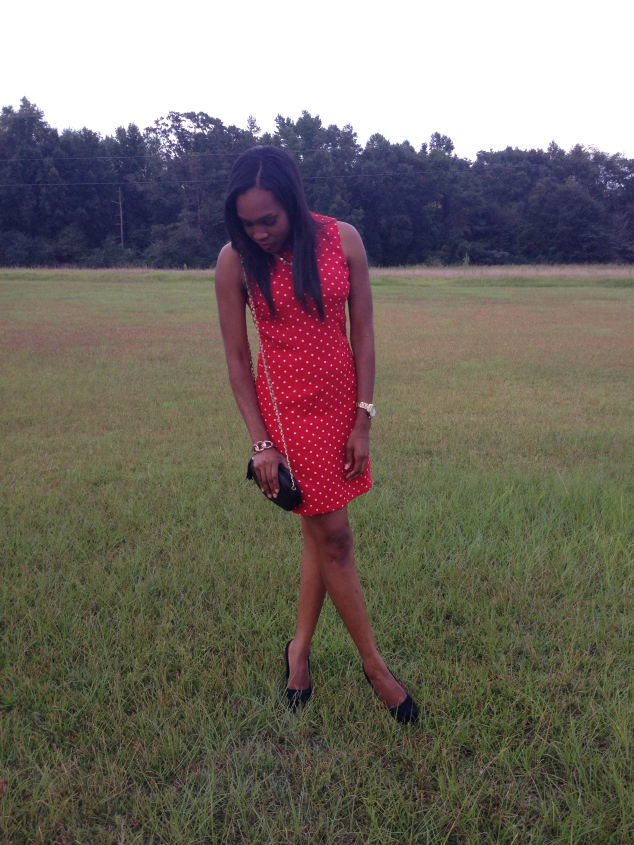 Style-Files-with- PrettyPrice-Red-and -White-Thrifted-Polka Dot-Sheath-Dress- Black-Zigi-Soho-Pumps-Black-Qulited- Chain-Purse-12
