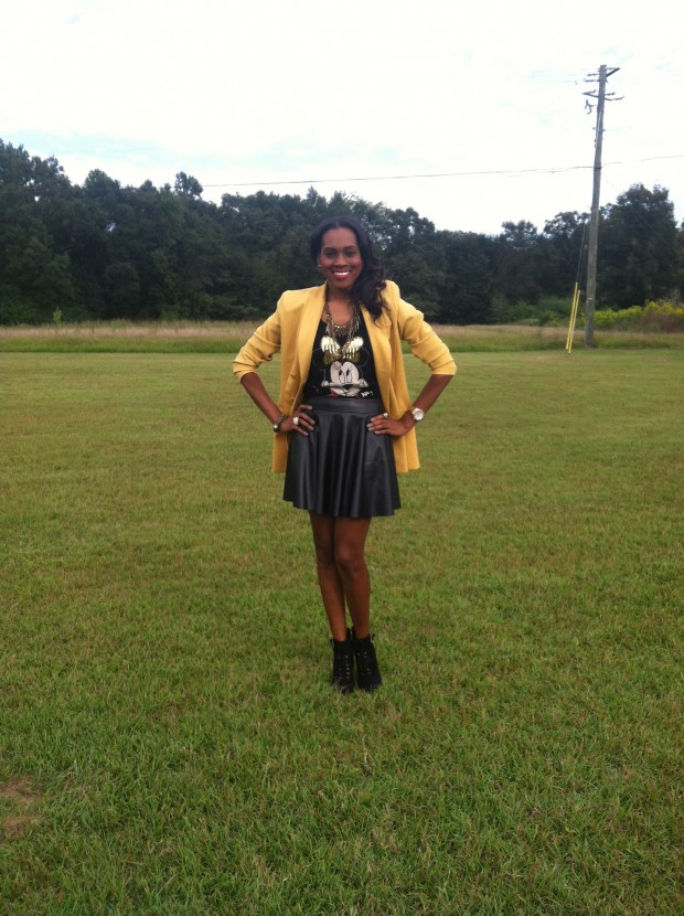 Style-Files-with- PrettyPrice-Forever-21- Faux-Leather-Skater- Skirt-Joy-Rich-Minnie- Mouse-Tee-Thrifted- Mustard-Blazer-Sam Edelman-Uma- Booties-6