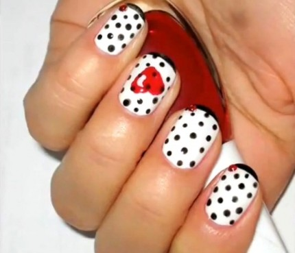 Nail-It-20-Valentines- Day-Nail-Inspiration-14