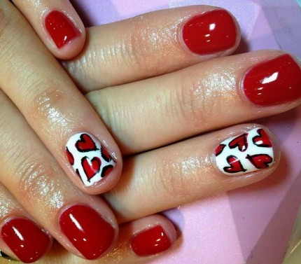 Nail-It-20-Valentines- Day-Nail-Inspiration-4