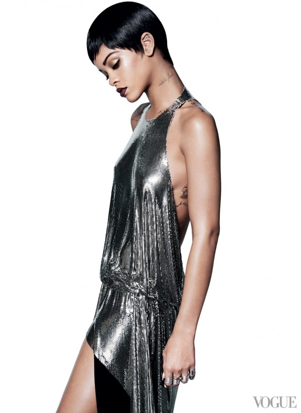 Rihanna-for-VOGUE- March-2014-11