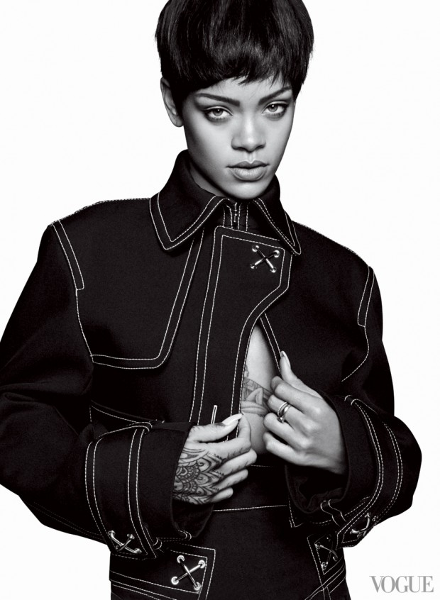 Rihanna-for-VOGUE- March-2014-5