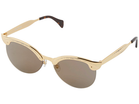 Snag-Her-Style- Beyonce-Easter- Sunday-Wildfox- Couture-Crybaby- Deluxe- Sunglasses-3