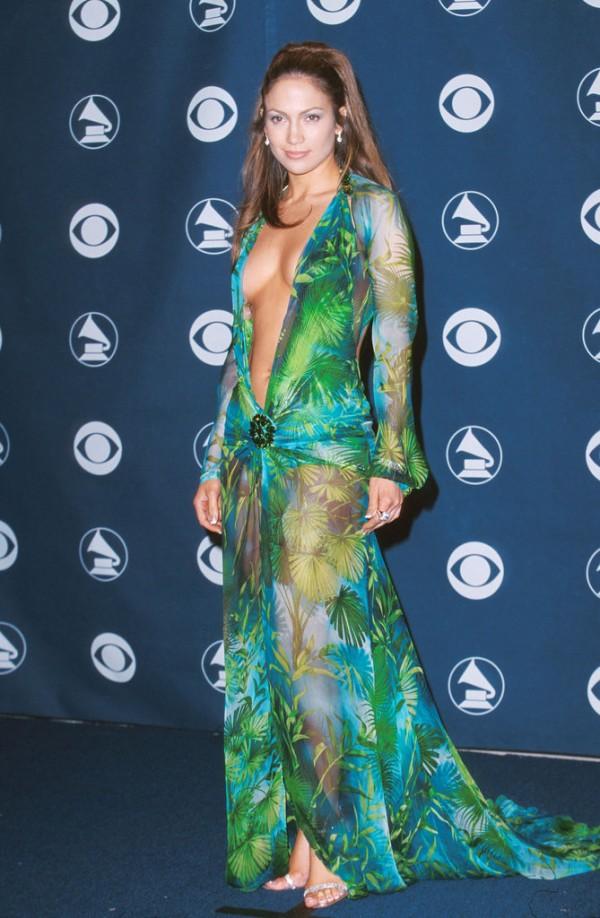 Jennifer-Lopez-Wears-infamous-Grammys-Versace-Dress-for-Bronx-Concert-7