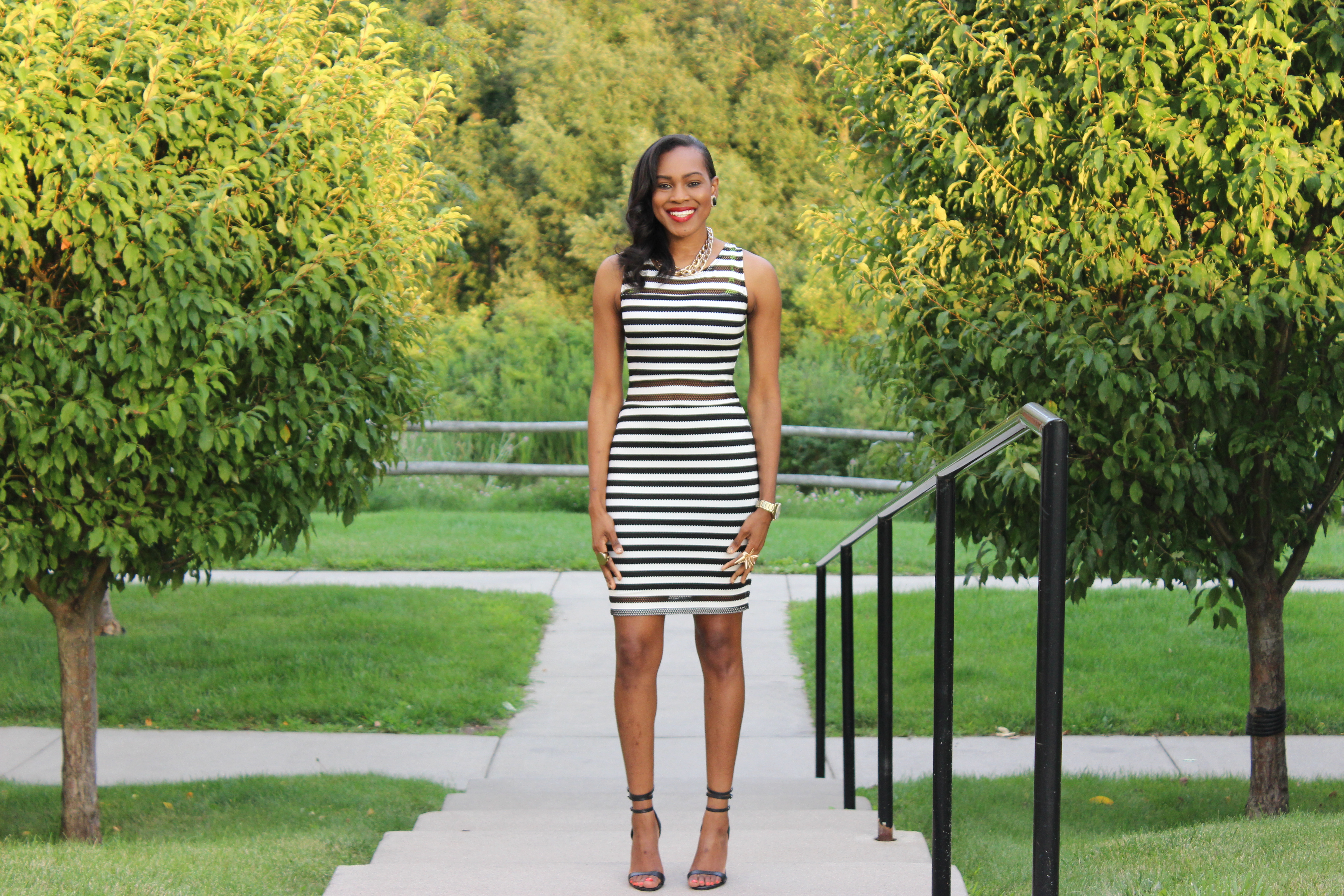 Style-Files-With-Pretty-Price-TARGET-xhilaration-Juniors-Striped-Black-White-Bodycon- Dress-OohLaLaBlog-3