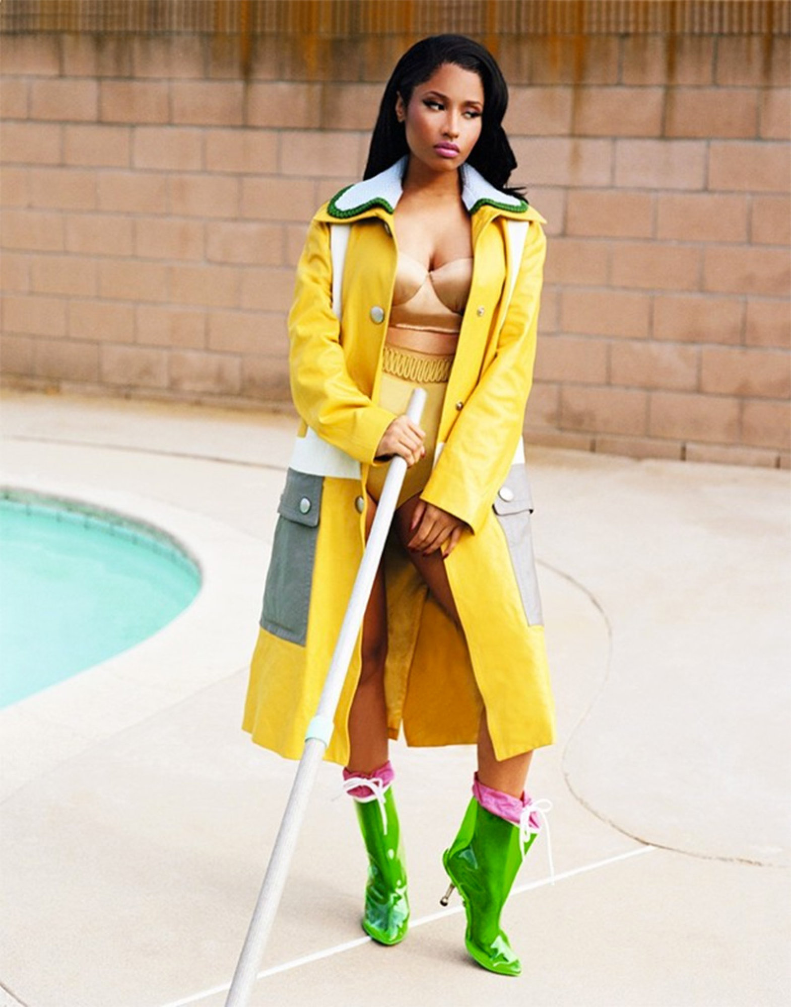 Nicki-Minaj-Fronts-Two-Covers for-Dazed- Confused-6