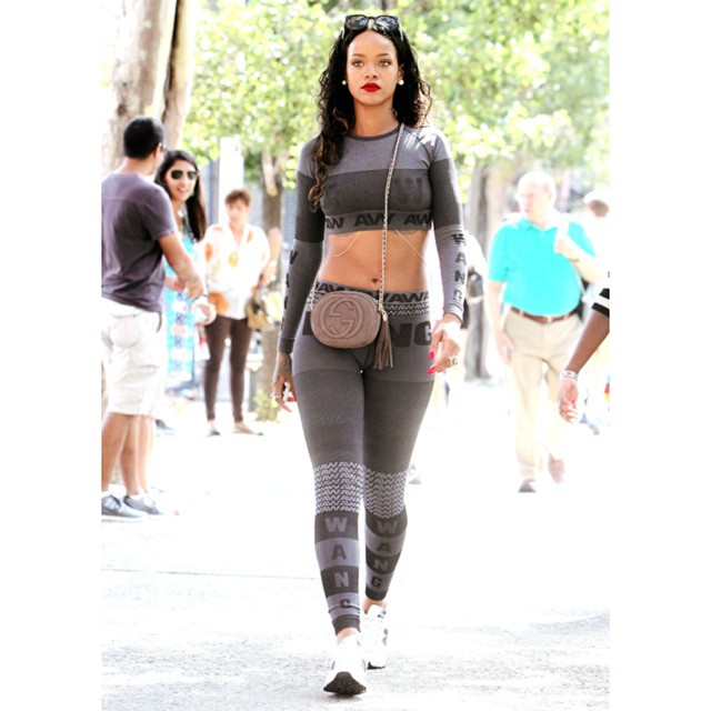 Rihanna-Alexander-Wang-for-hm-