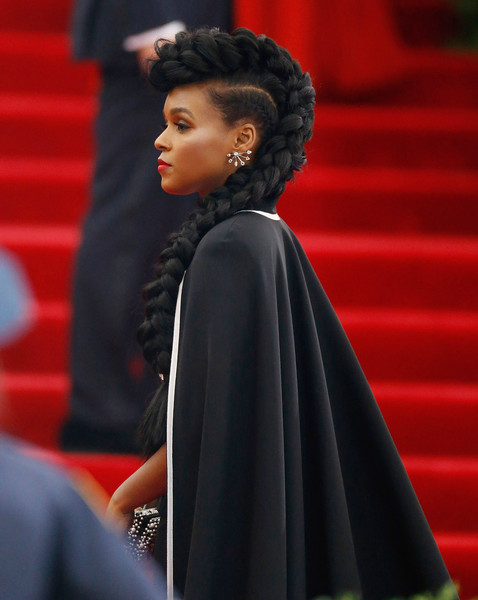 Janelle-Monae-Met-Gala-2015-China-Through-Looking-Glass-Headpiece-HairStyle-