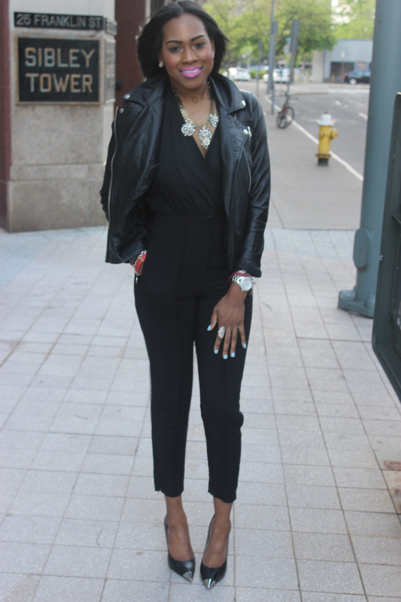Style-files-with-Pretty-Price-All-Black-OOTD-Black-High-Waist-Pants-Victoria-Secret-Body-Suit-Michael-Kors-Silver-Cap-2