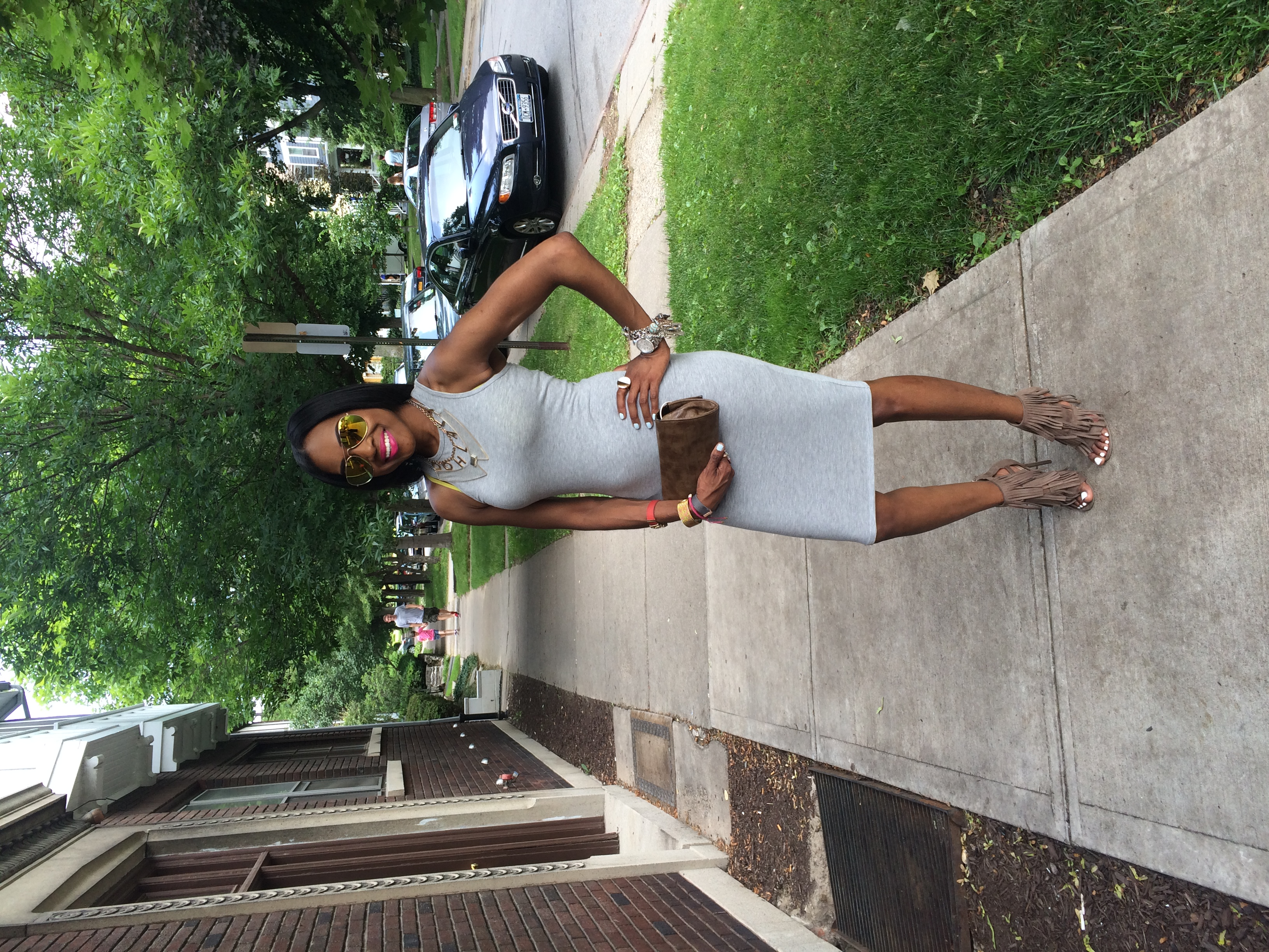 Style-Files-forever-21-heathered-midi-dress-lulus-Gypsy-Queen Taupe-Suede-Fringe Dress-Sandals-mirrored-tint-sunglasses-birthday-behavior-ooh-la-la-blog-jday-