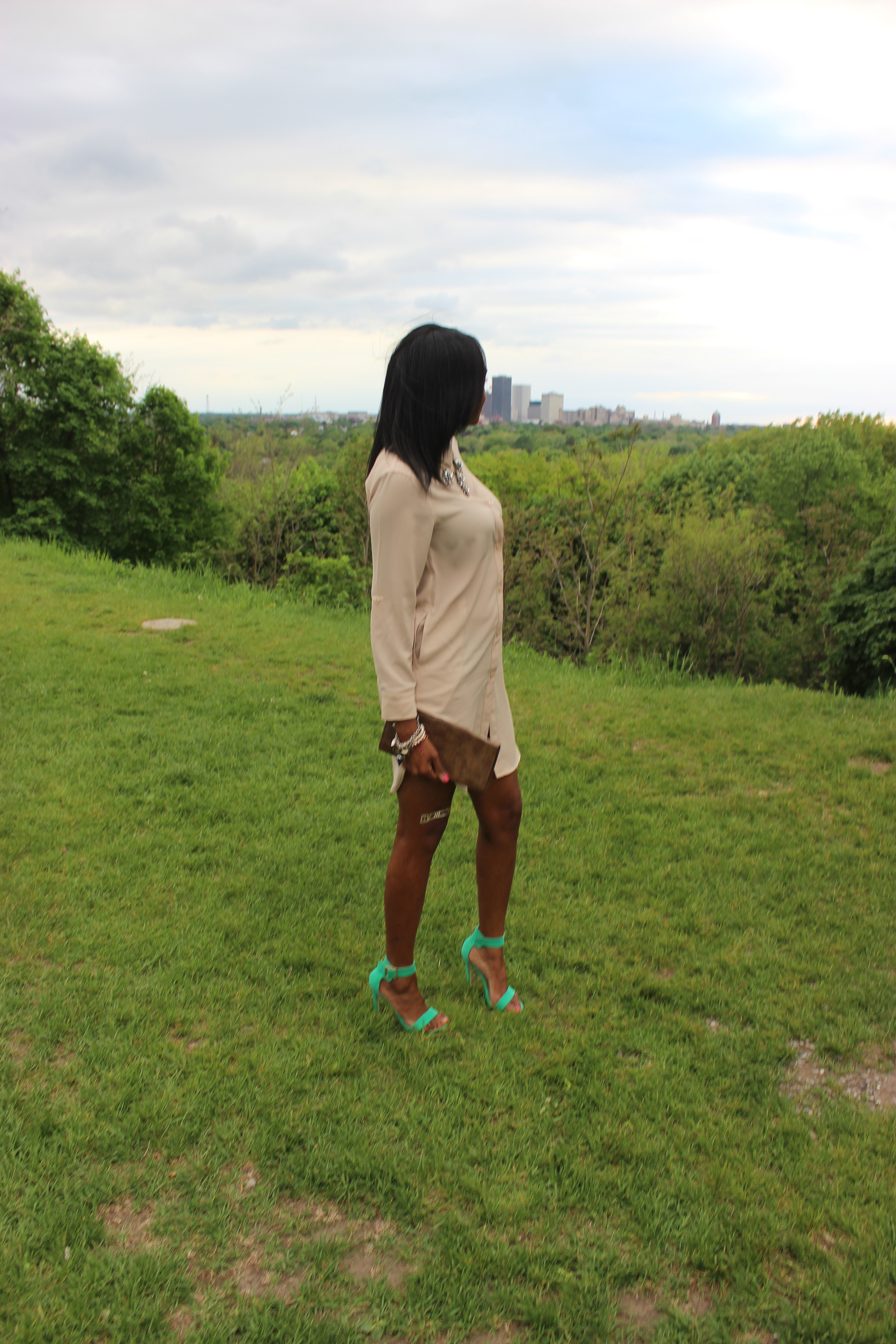 Style-Files-with-Pretty-Price-TJMaxx-Nude-Shirt-Dress-Nude-Tunic-just-fab-Paean-seamfoam-mint-green-ankle-strap-sandals-forever-21-distressed-cut-off-shorts-Pink-turban-justfab-Taesha-leopard-print-lace-up-heel-sandals-5