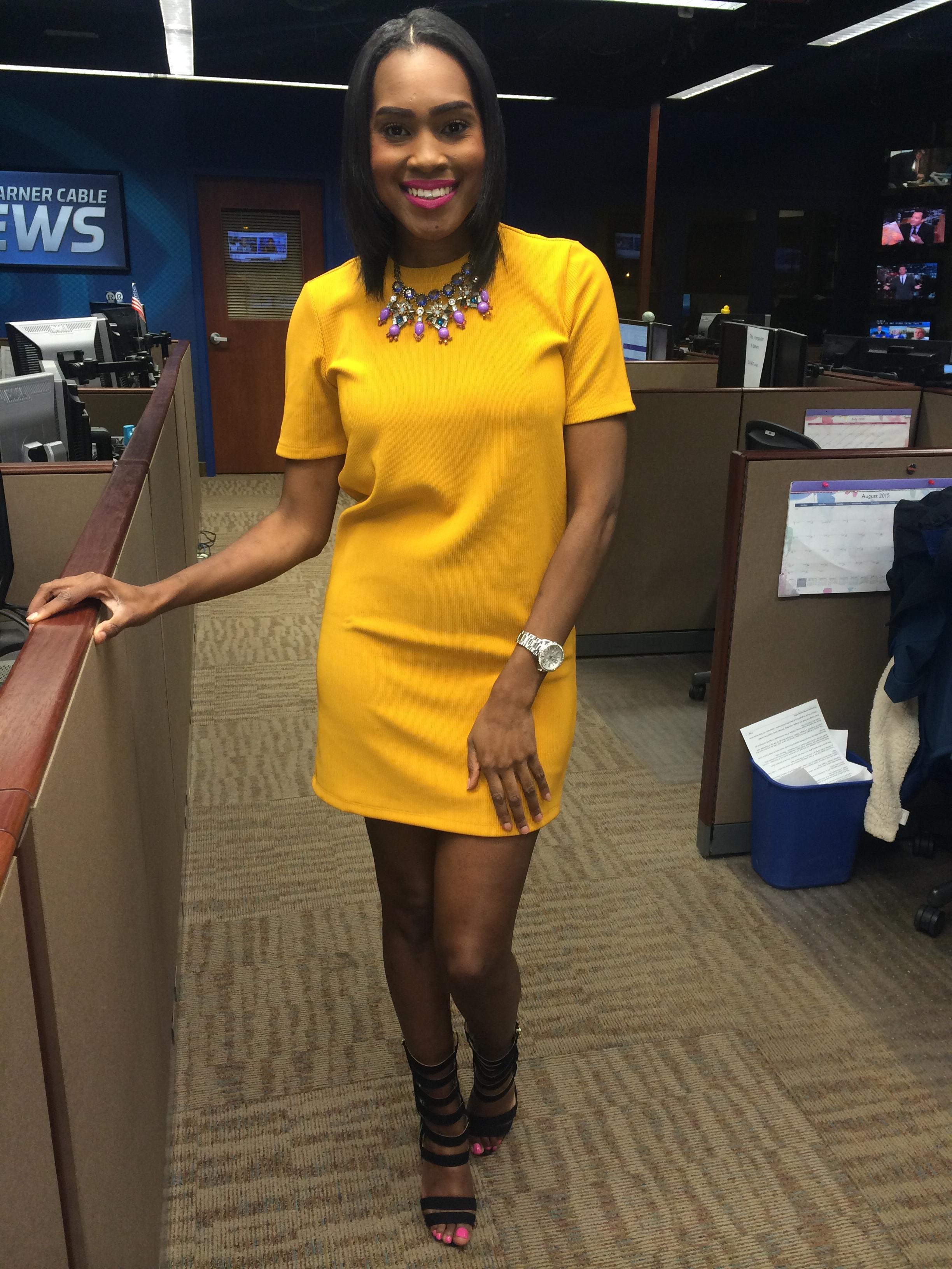 Style-files-forever-21-mustard-textured-stripe-shift-dress-justfab-florernce-heels-oohlalablog-workwear-3