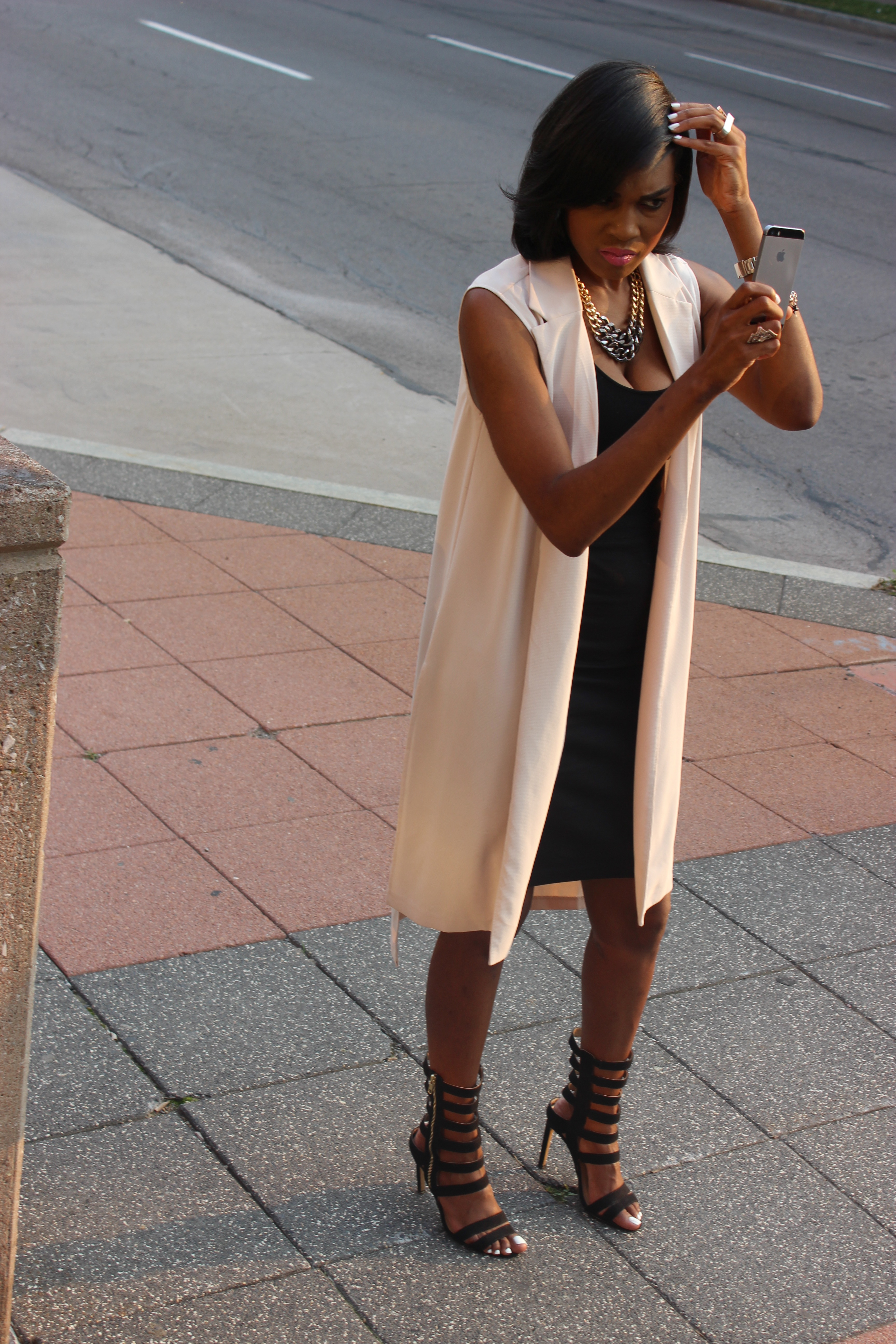 Style-Files-With-Pretty-Price-Forever-21-long-vest-black-Pencil-skirt-tank-just-fab-Florence -heels-Oohlalablog-3