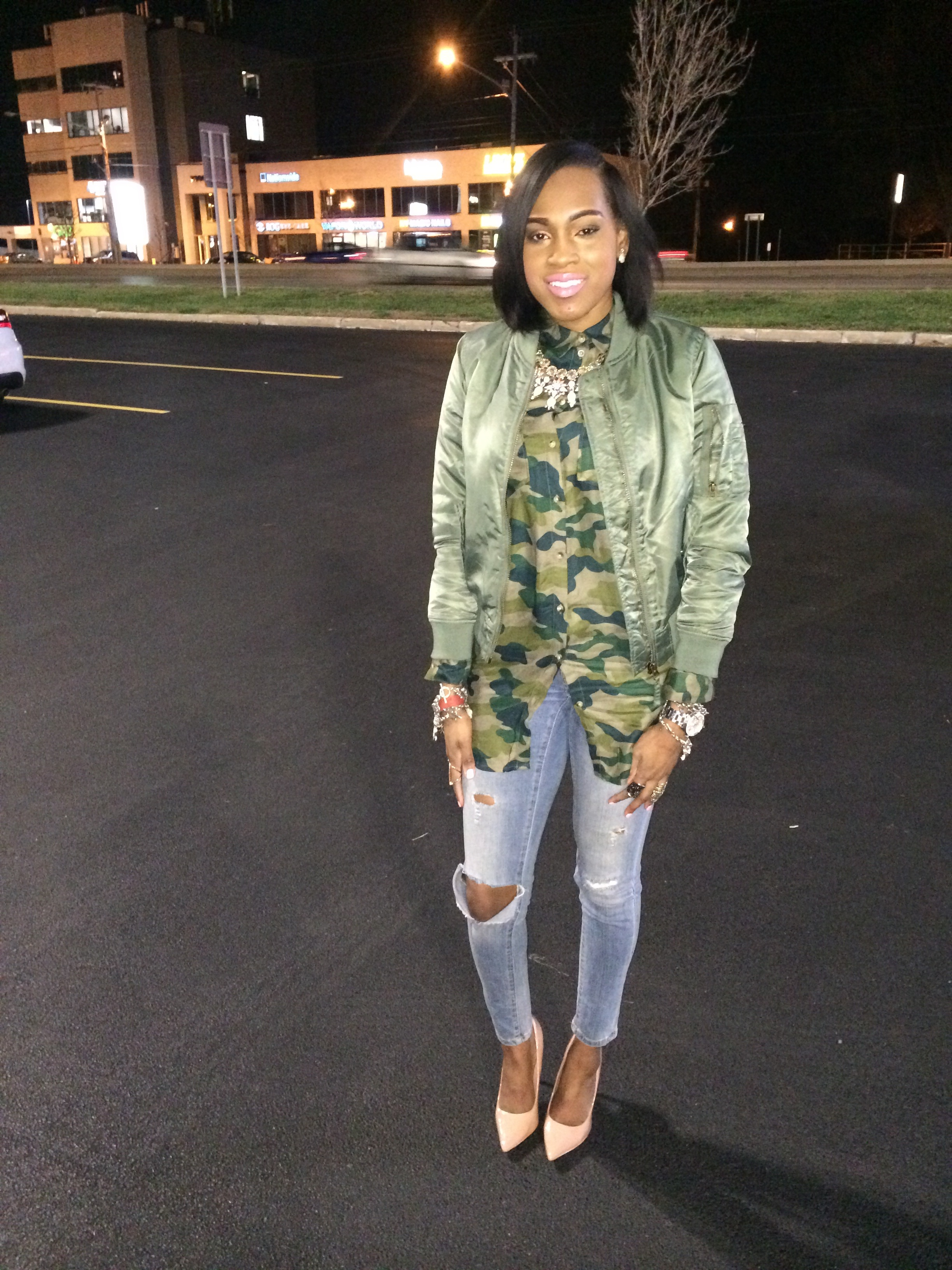 Style-files-oohlalablog-HM-Camouflage-long-tunic-shirt-distressed-skinny-jeans-forever-21-green-bomber-jacket-Yeezy-Bomber-jacket-Flight-Jacket-Nude-PumPs-PrettyPrice-4