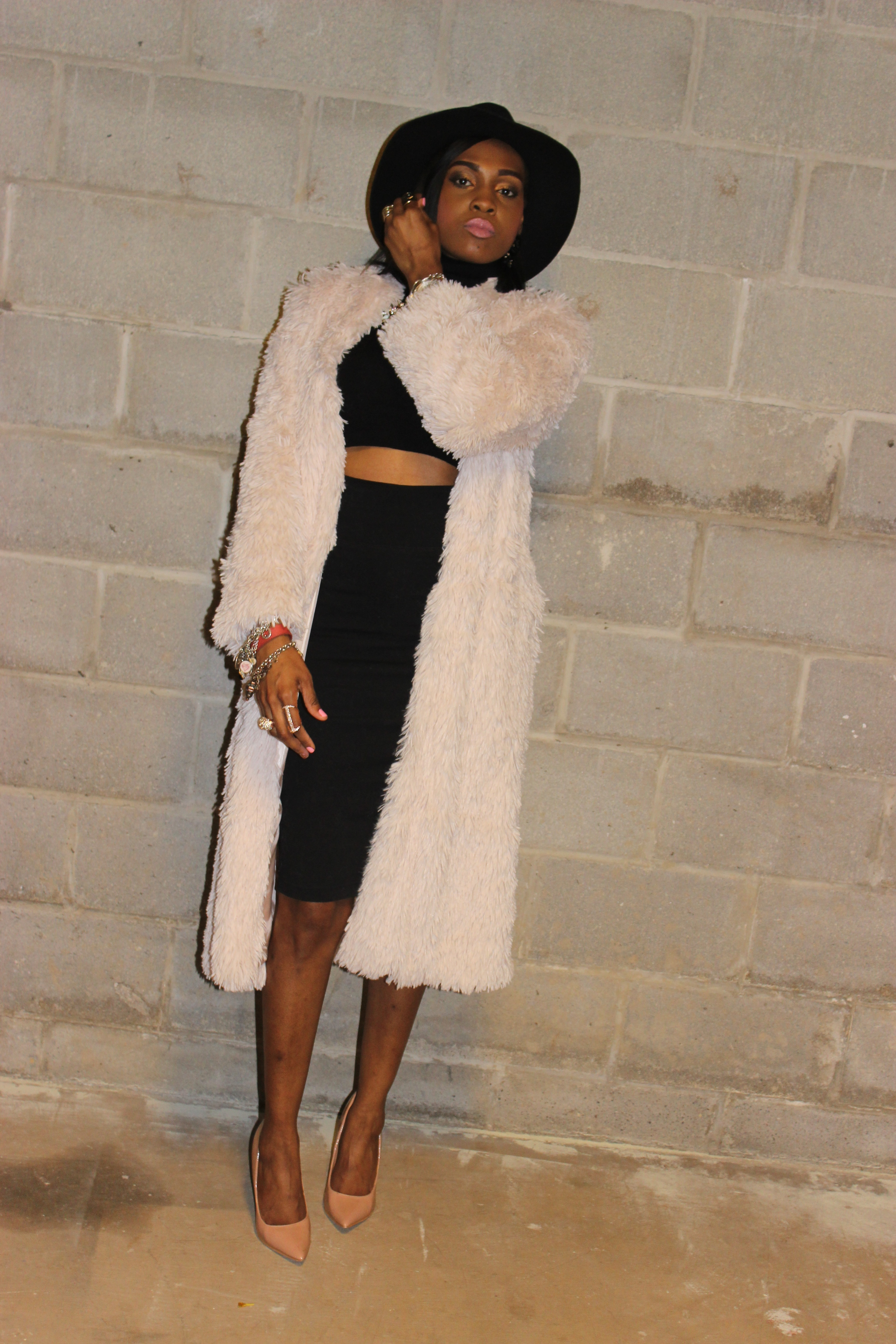 Style-files-with-Pretty-Price-Forever21-Pencil-SKIRT-Forever21-croP-sweater-turtleneck-forever-21-blush-faux-fur-duster-lulus-nude-heels-target-merona-fedora-oohlalablog-3