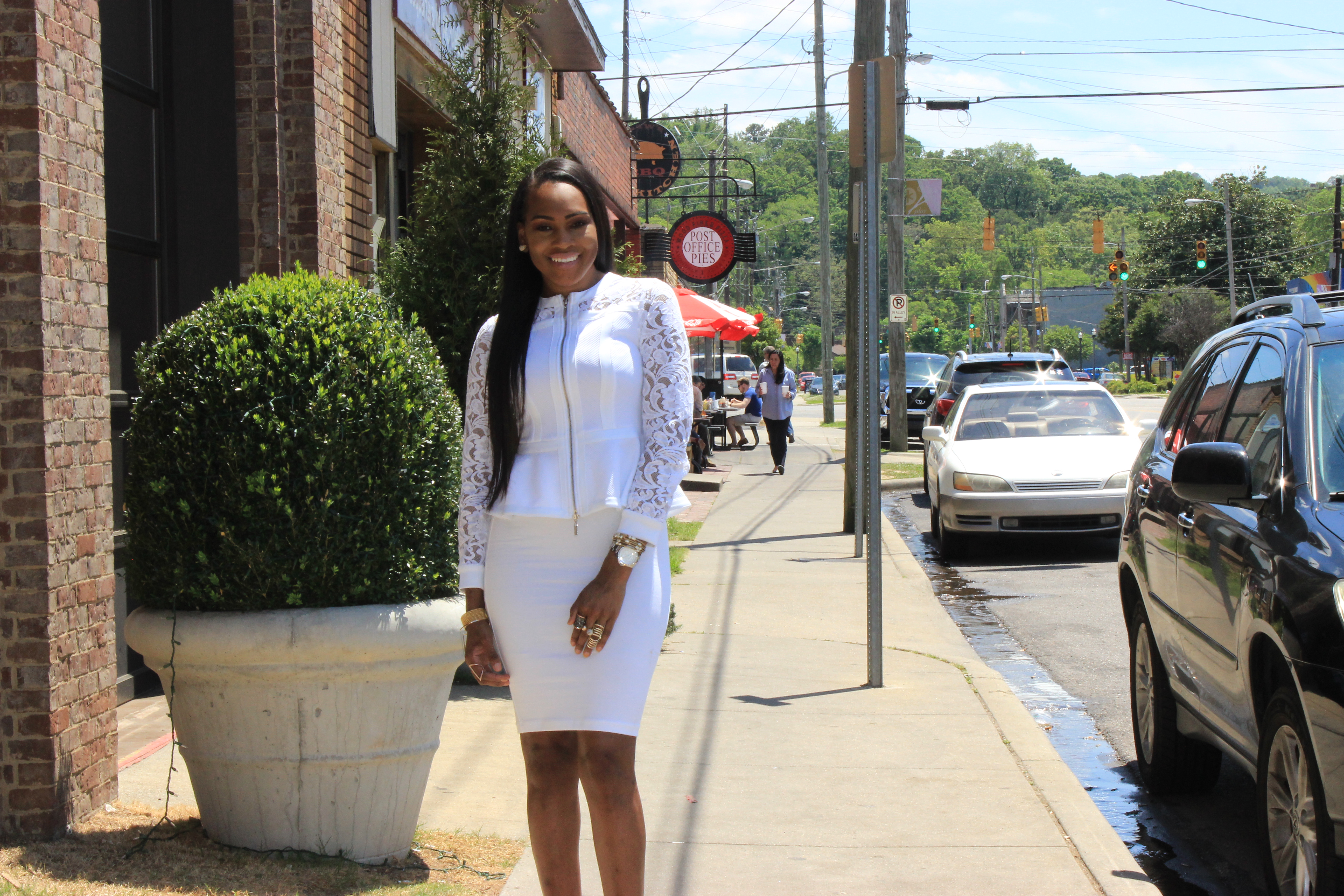 Style-Files-jcpenney-White-Bisou Bisou-Lace- Illusion Jacket-Forever21-Not-So-basic-white-Pencil-skirt-JustFab-red-Tayrey-fringe-sandals-how-to-wear-all-white-all-white-fashion-styles-oohlalablog-10