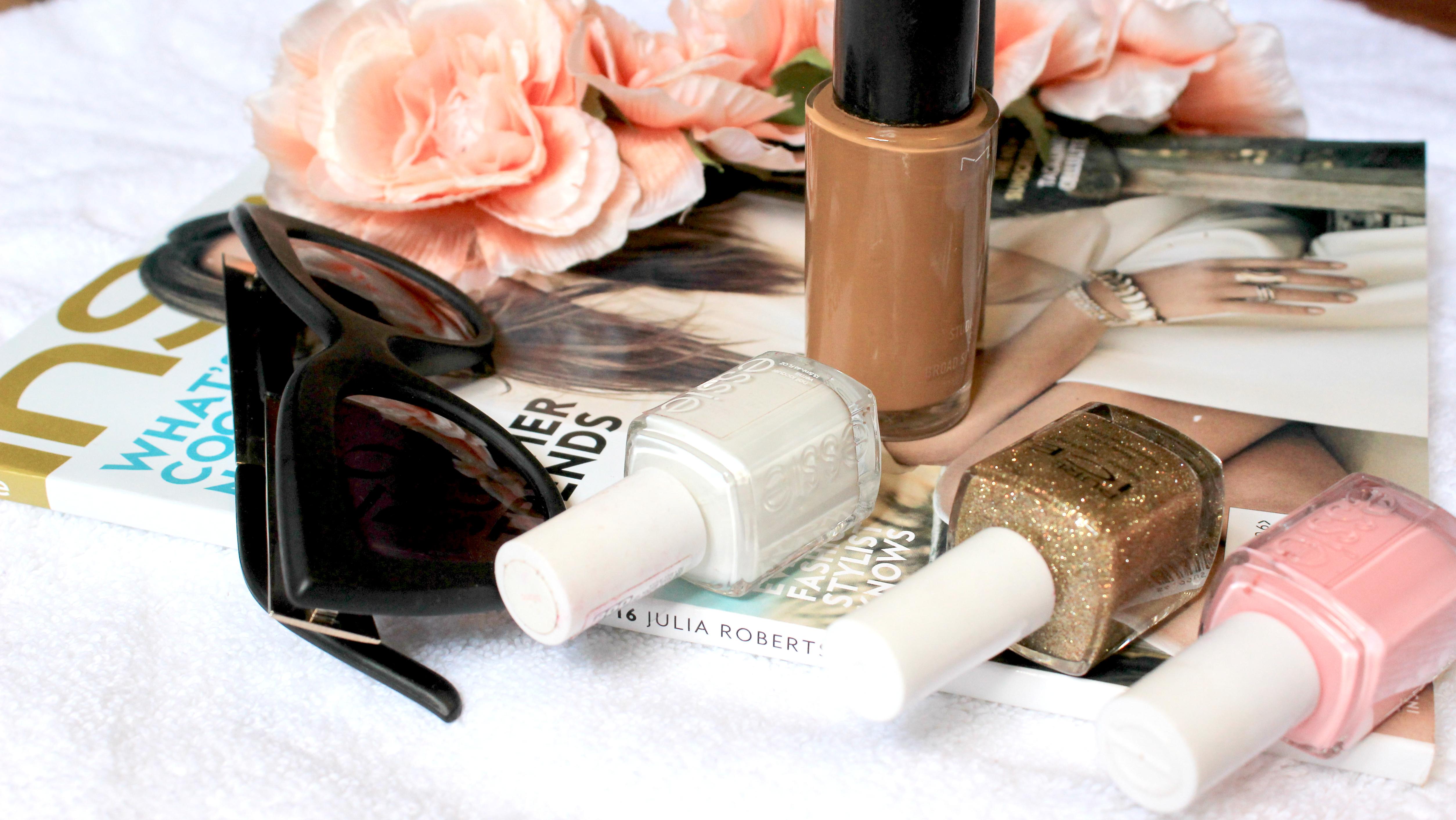 MAC-Cosmetics-Prolong-wear-concealer-Studio-fix-fluid-MAC-Amber-Lights-MAC-Brown-Script-Eye-Shadow-MAC-Pigment-Tan-MAC-Faux-lipstick-Makeup-Mondays-Oohlalablog-18