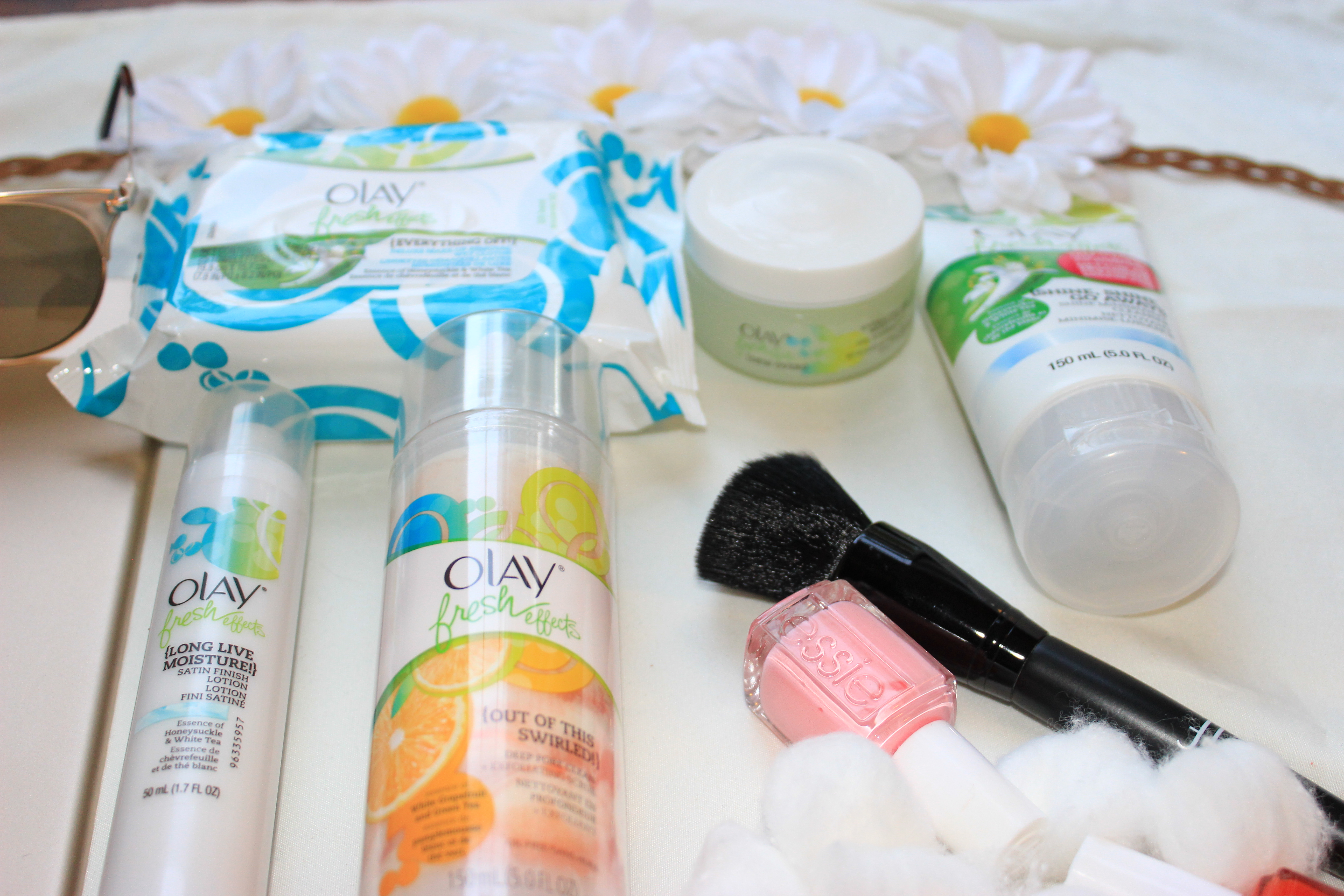 Friday-favorites-Fresh-Effects-SWipe-Out- Refreshing-Makeup-Shine-Shine-Go-Away  -Cleanser-Olay-Fresh-Effects-Out-of-This-Swirled-Scrub-Olay-Fresh-Effects-Dew-Over-Hydrating-Gel-Olay-Fresh-Effects- Long- Live Moisture-Oohlalablog-11