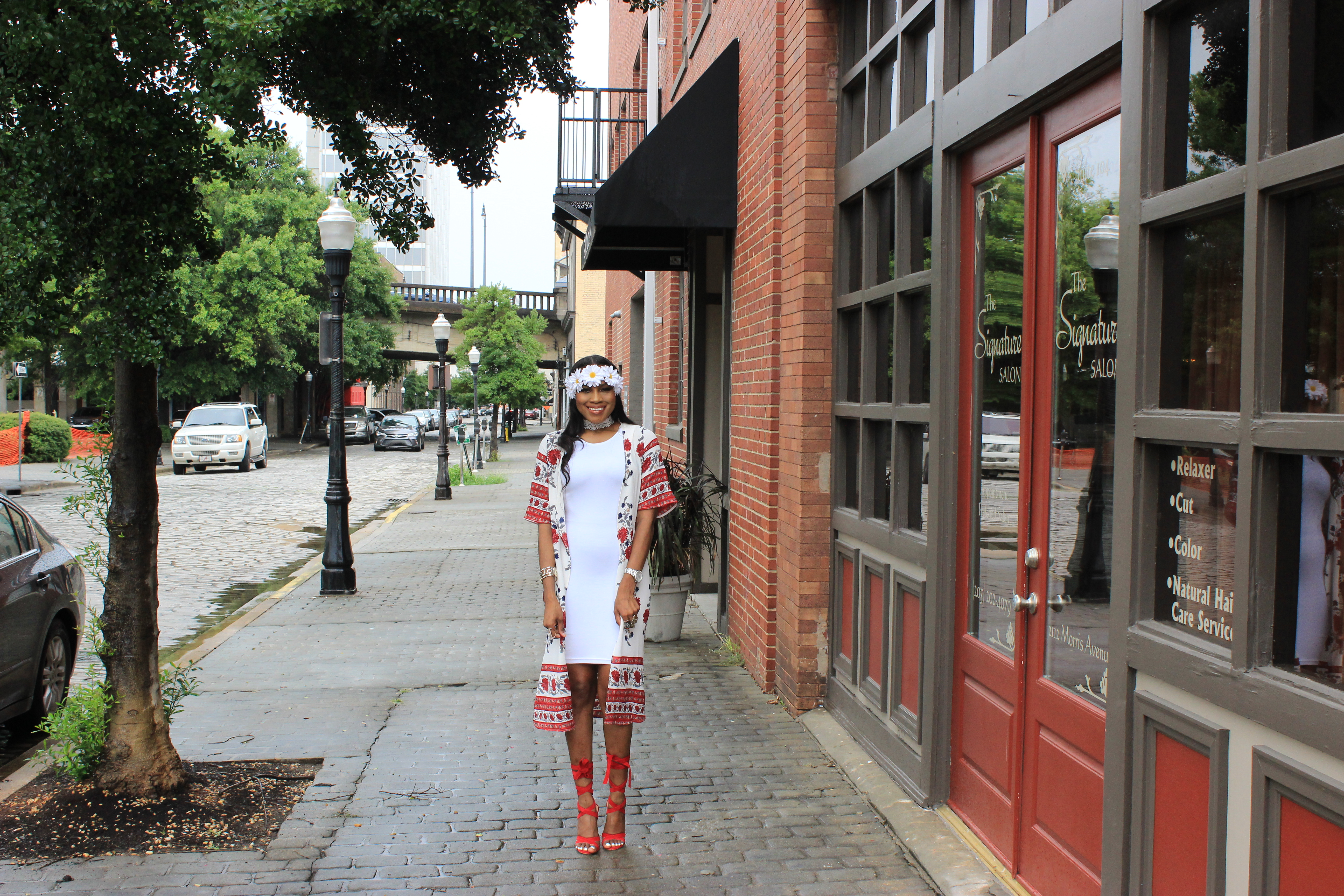 Style-Files-White-forever21-sleeveless-dress-boohoo-Lucy Border Print Maxi Shortsleeve Kimono-Boohoo-ruby-Scalloped Lace Choker-Public-desire-red-lace-uP-heels-forever-21-daisy-headband-oohlalablog-13