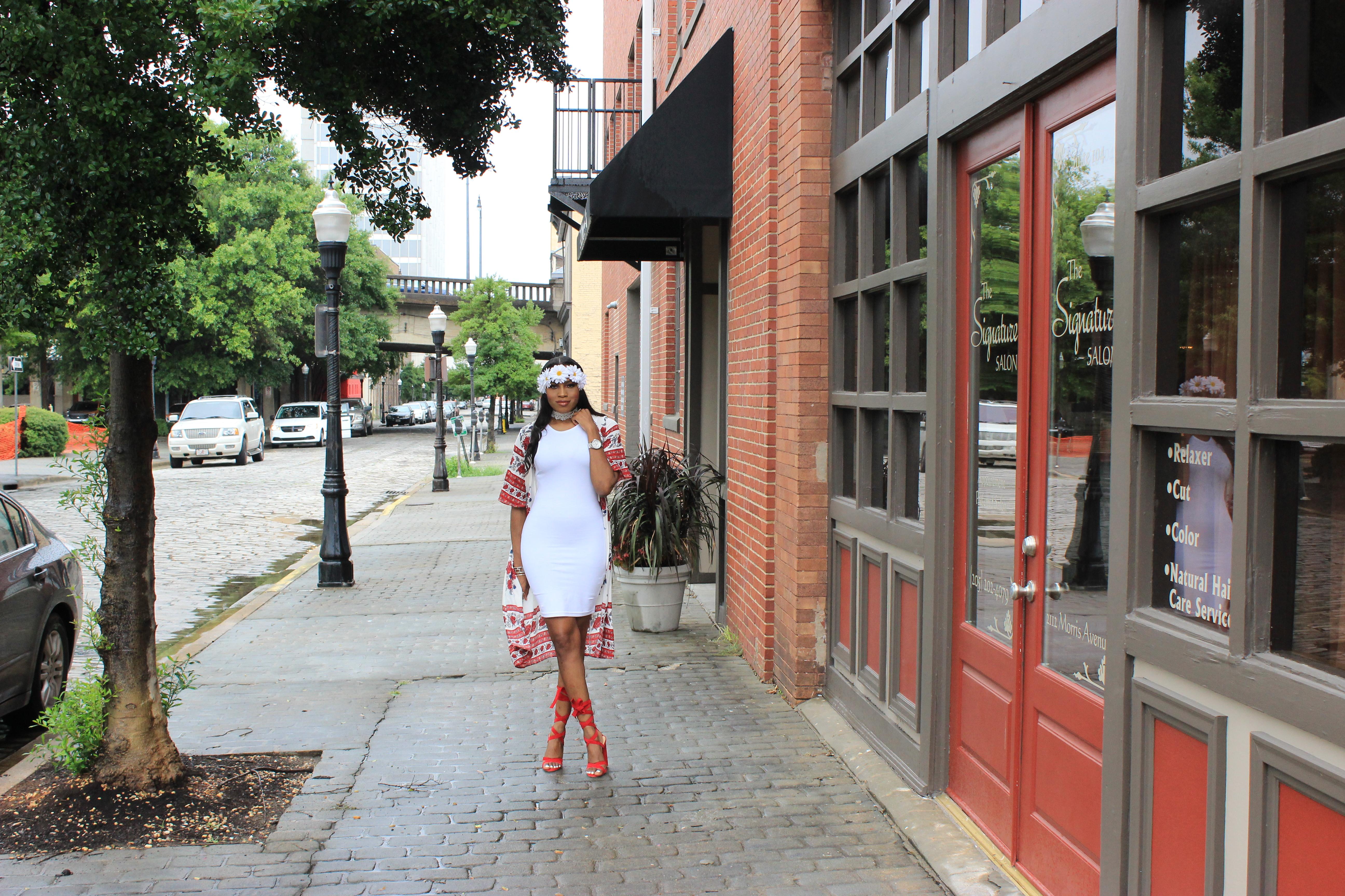 Style-Files-White-forever21-sleeveless-dress-boohoo-Lucy Border Print Maxi Shortsleeve Kimono-Boohoo-ruby-Scalloped Lace Choker-Public-desire-red-lace-uP-heels-forever-21-daisy-headband-oohlalablog-16