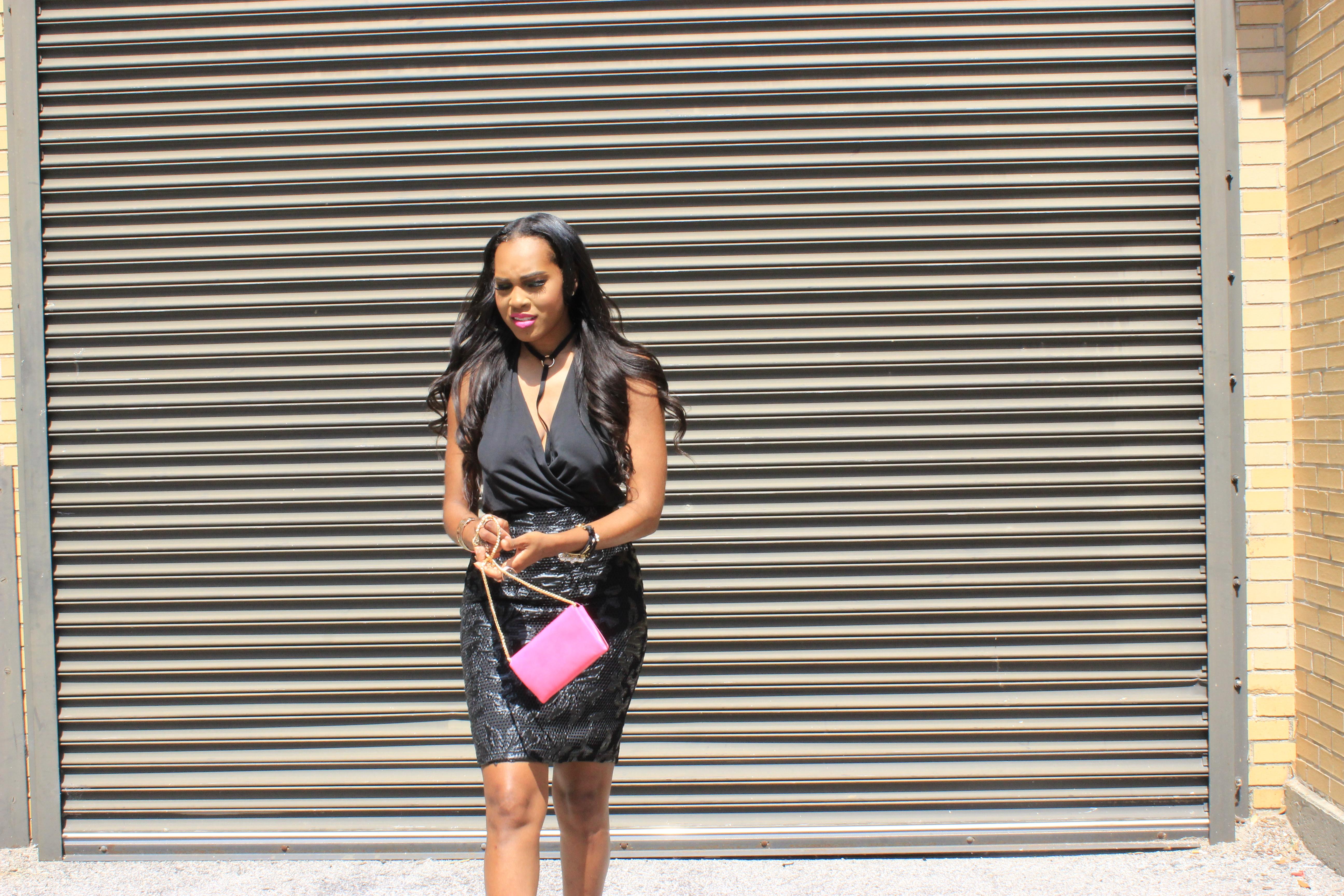 Style-Files-Forever-21-black-lace-pencil-skirt-victoria-secret-black-vneck-bodysuit-all-black-fashion-look-Zara-vinyl-d-orsay-pumps-oohlalablog-7