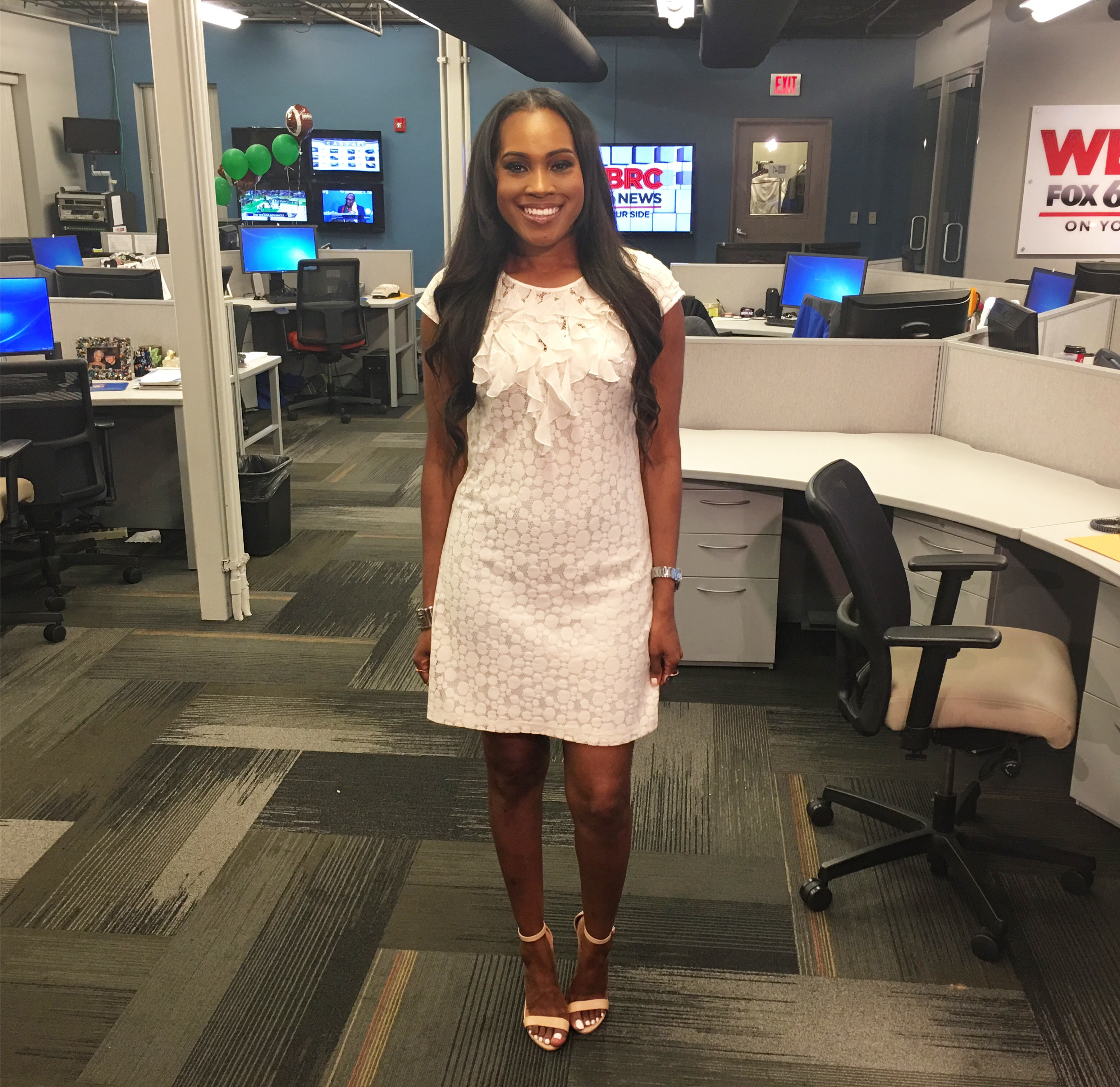 Style-Files-Thrifted-white-lace-sangria-dress-just-fab-catherina-heel-sandals-oohlalablog-3