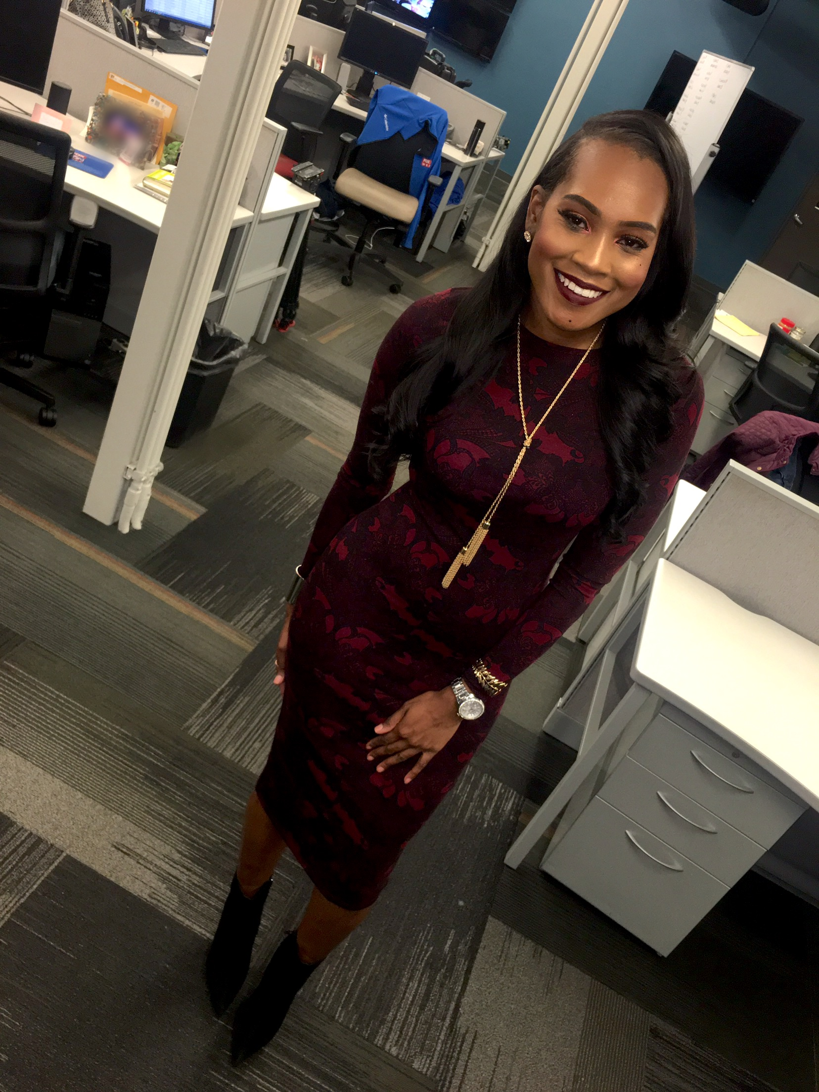 Style-files- forever21-burgundy-lace-print-midi-dress-black-Jeffrey-Campbell-booties-wet-n-wild-liquid-lipstick-dont-be-a-plum-plum-wear-a-burgundy-dress-to-work-oohlalablog-8