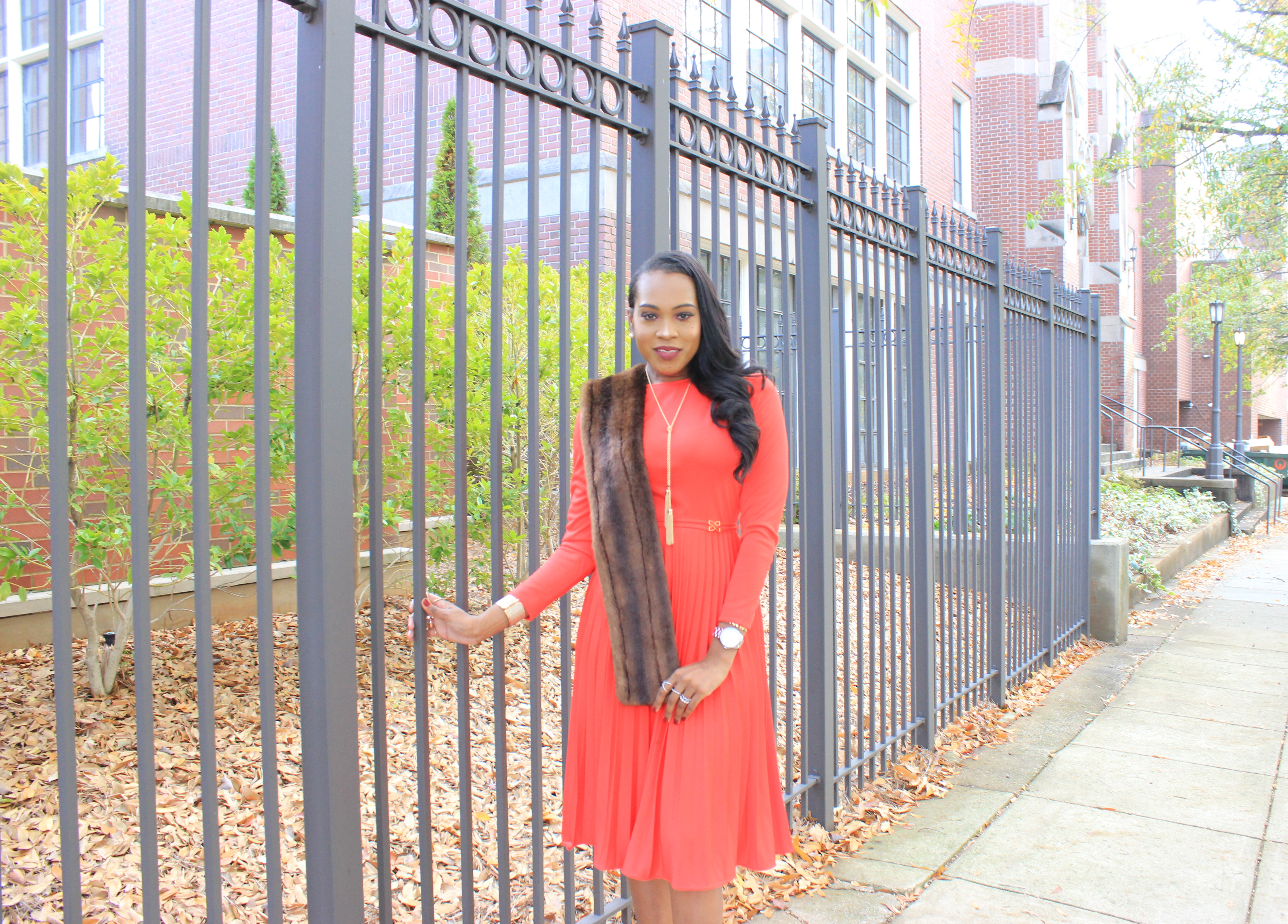 style-files-vintage-carol-craig-red-pleated-dress-just-fab-hadley-red-bow-pumps-INC-faux-fur-stole-oohlalablog-4