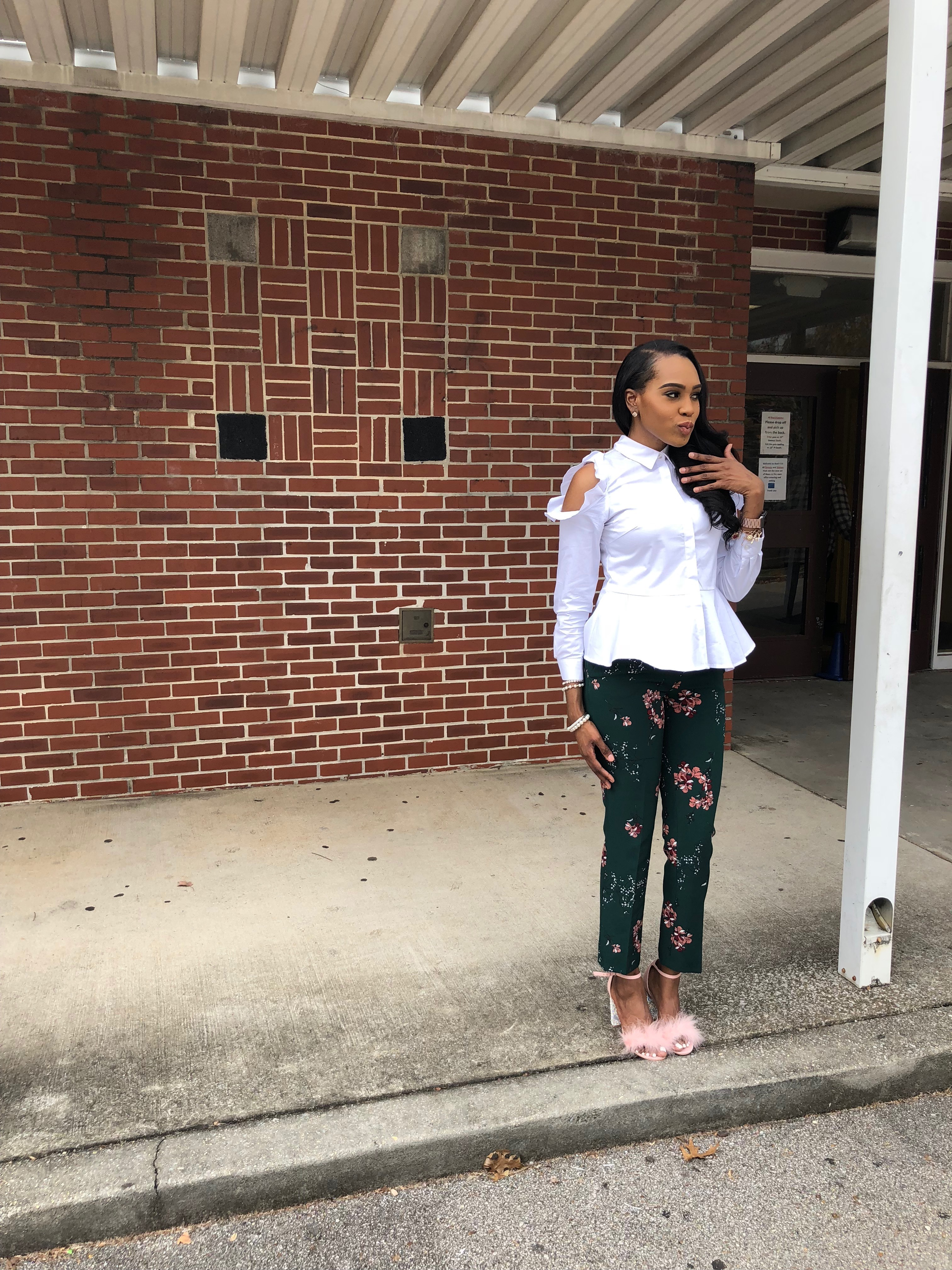 Style-files-Green-floral-printed-ankle-length-carolina-belle-montreal-pants-white-cold-shoulder-ruffle-peplum-blouse-pink-faux-fur-glitter-block-heel-missguided-ankle-strap-sandals-oohlalablog-